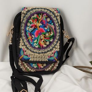 Handbags - Cute Colorful Embroidered Canvas Purse